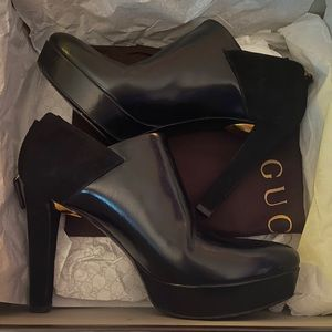 Authentic Gucci Booties (AHN20 1000) size 36 1/2